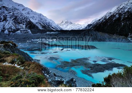 Sunset in Aoraki Mt. Cook National park