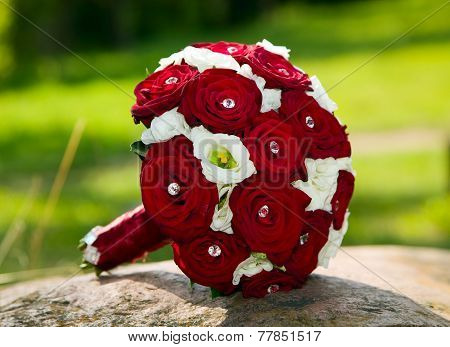 Beautiful Roses Bouquet For Wedding