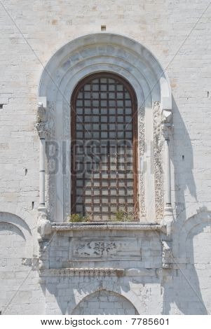 Absidal window of St. Nicholas Basilica. Bari. Apulia.