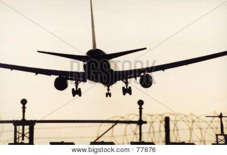 Landing At LHR