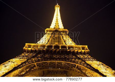 Eiffel Tower At Nigh In Paris
