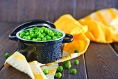 picture of green pea  - green peas in bowl and on a table - JPG