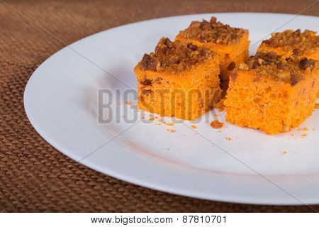 dessert. carrot cake