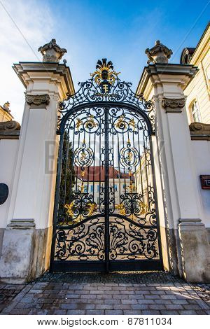 beautiful gateway to the Polish Ministry of Culture in the heart of Warsaw