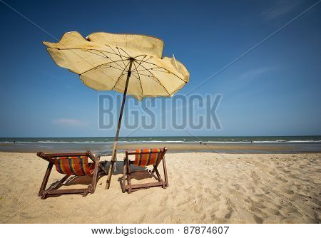 Couple beach chair