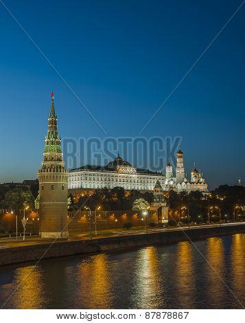 Moskva River embankment. Kremlin at night.