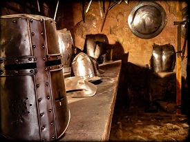 foto of blacksmith shop  - Helmets and armor of the Middle Ages - JPG