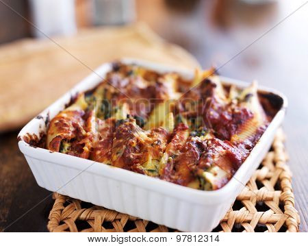 jumbo stuffed pasta shells with ricotta cheese and spinach