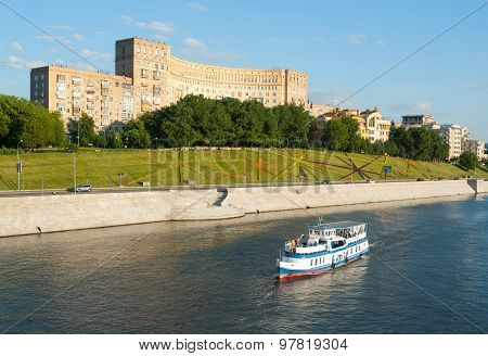 River Ship In Background Of Rostovskaya Riverside
