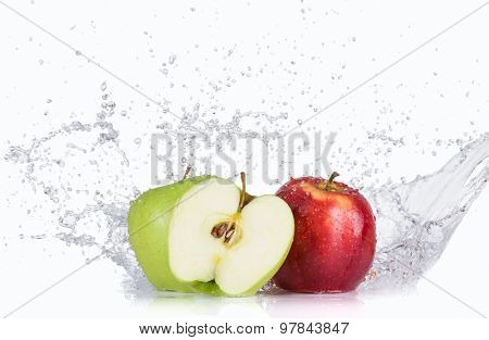 Apples with water splashes