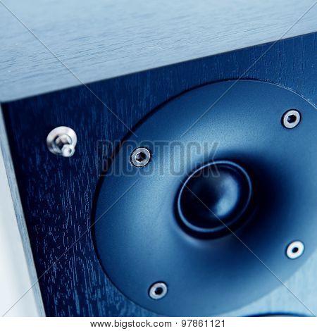 Loudspeaker Loud-speaker