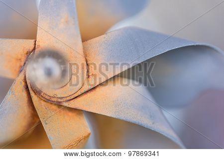 Rusty Metal Garden Pinwheel
