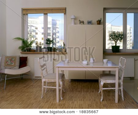 classic dining room in the flat