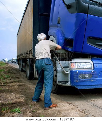 Truck repair on road