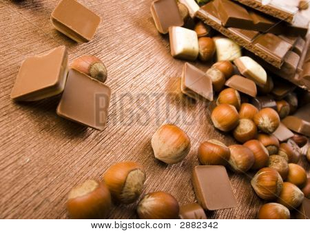 Nuts & Chocolate