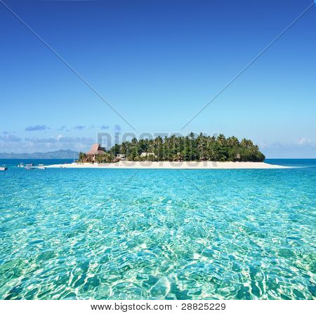 erstaunliche Fidschi Insel und klare Meer