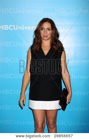 LOS ANGELES - JAN 6:  Maya Rudolph arrives at the NBC Universal All-Star Winter TCA Party at The Athenauem on January 6, 2012 in Pasadena, CA