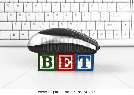Bet word with mouse and keyboard
