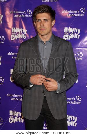 """LOS ANGELES - JAN 13:  Chris Lowell arrives at  the """"Hilarity For Charity"""" Benefit at Vibiana on January 13, 2012 in Los Angeles, CA"""