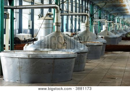 Distillate Spirit Factory