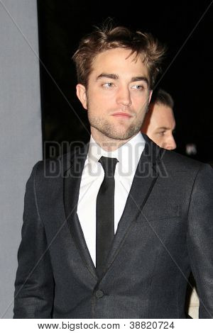 LOS ANGELES - OCT 27:  Robert Pattinson arrives at the LACMA 2012 Art + Film Gala at Los Angeles County Musem of Art on October 27, 2012 in Los Angeles, CA