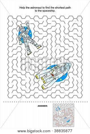 Space exploration maze game for kids
