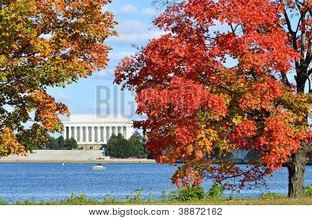 Washington DC - Lincoln Memorial in Autumn with fall foliage foreground