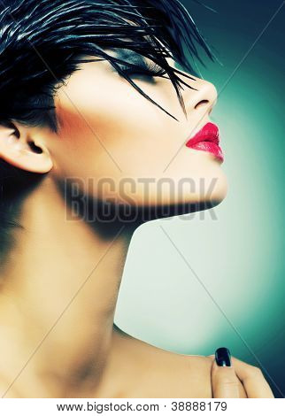 Moda arte Retrato de muchacha hermosa. Estilo de moda mujer