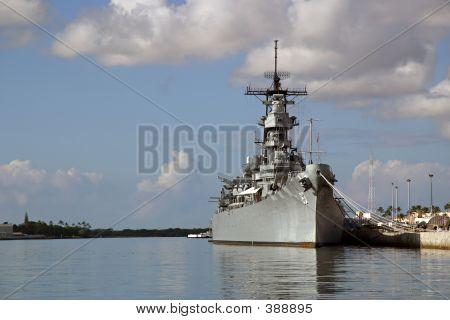 Battleship Missouri Memorial in Pearl harbor