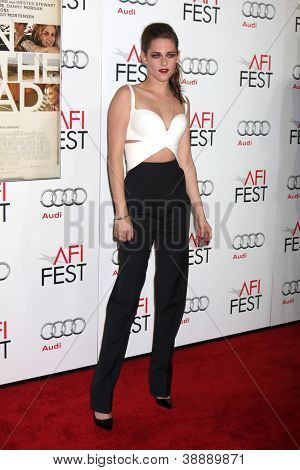 LOS ANGELES - NOV 3:  Kristen Stewart arrives at the AFI Film Festival 2012