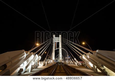 Basarab Bridge, tram railway