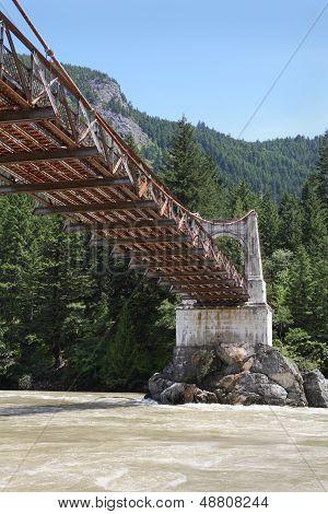 Fraser River Crossing, Historic Alexandra Bridge vertical