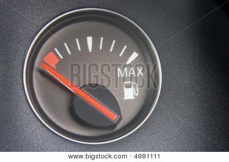 Fuel Gauge Reading Empty