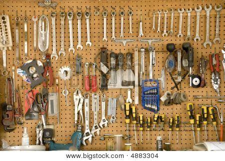 Hanging Tools