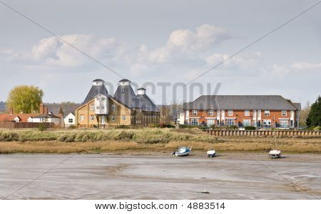 Haybridge At Low Tide