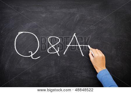 Preguntas y respuestas - Q y una pizarra de concepto. Pregunta y respuesta, soporte y ayuda concepto ch