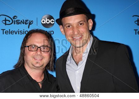 LOS ANGELES - AUG 4:  Robert Golenberg, Alon Aranya arrives at the ABC Summer 2013 TCA Party at the Beverly Hilton Hotel on August 4, 2013 in Beverly Hills, CA