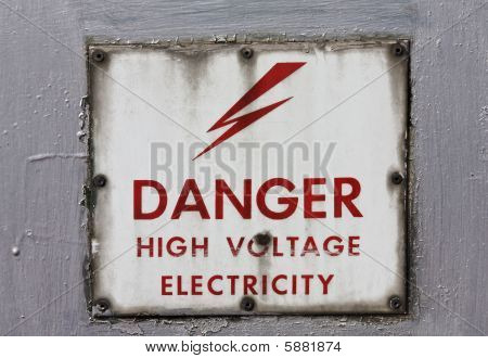 High Voltage: Danger!