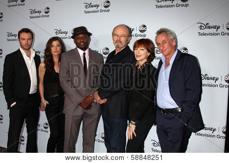 LOS ANGELES - JAN 17: Mark Hildreth, Devin Kelley, Omar Epps, Kurtwood Smith, Frances Fisher, Matt Craven at the-ABC 2014 Winter TCA Party at The Langham Huntington on January 17, 2014 in Pasadena, CA