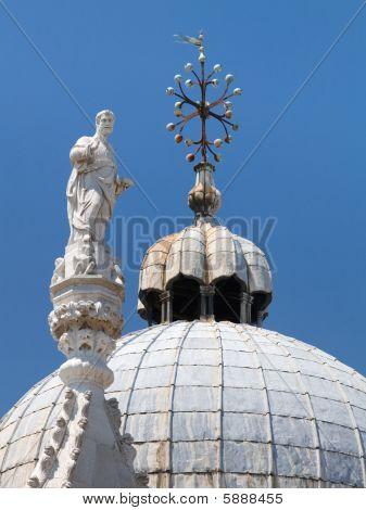 Detalles de la Basílica Di San Marco (Catedral de San Marcos), Venecia, Italia