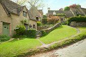 picture of english cottage garden  - Bibury - JPG