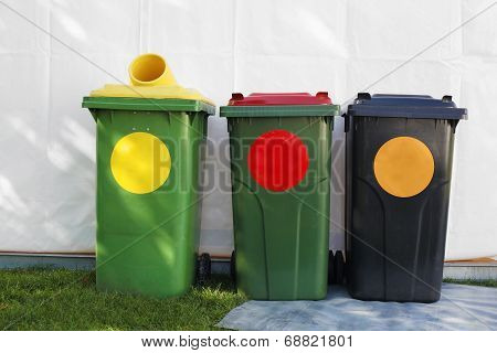 colored garbage bins
