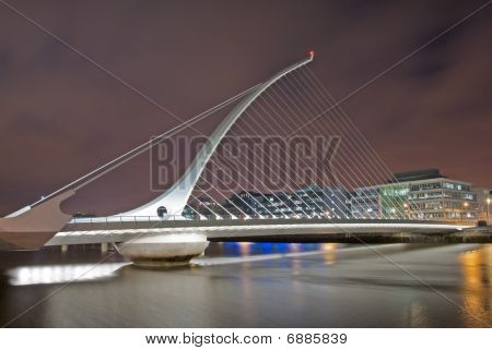 Samuel Beckett Bridge By Night