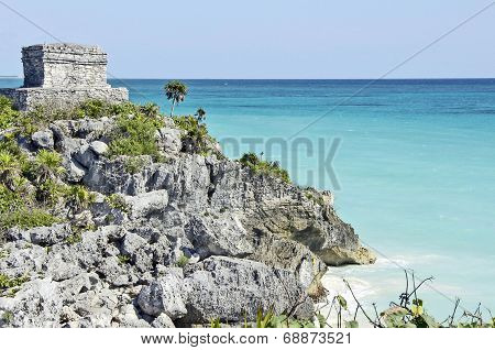 Beach in the side of the Tulum archeological site