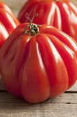 stock photo of boeuf  -  Whole fresh Coeur de Boeuf Tomatoes - JPG