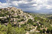 image of hilltop  - Famous hilltop village of Gordes in Provence - JPG