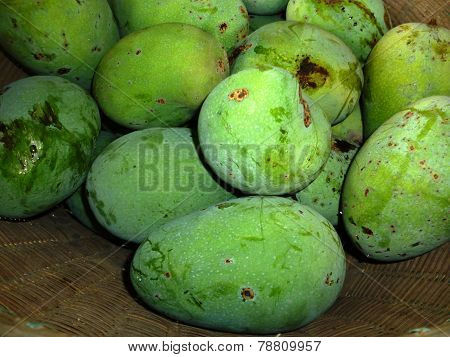 mangoes in bamboo basket