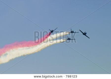 Airplane Teamwork