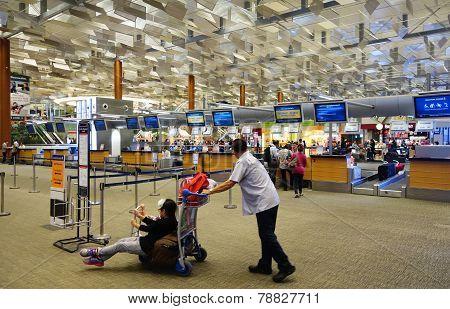 Passengers Check In Changi International Airport