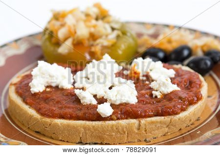 Slice Bread Chutney Cheese Olives Pickle